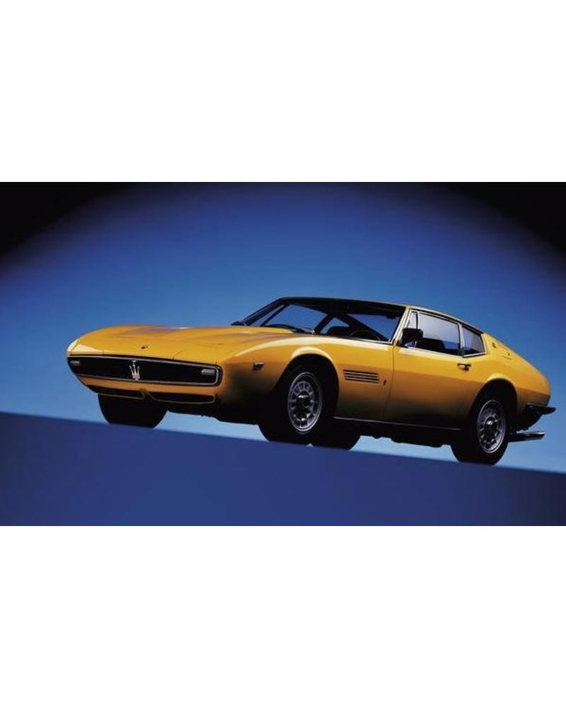 EXH INTL CORE The Classic cars book, Staud