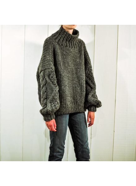 I Love Mr Mittens Diamond sleeve High Neck wool - Charcoal