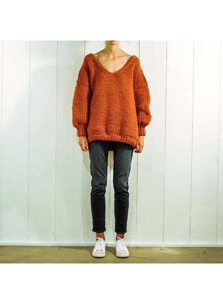 I Love Mr Mittens Oversized Vneck wool - Burnt orange