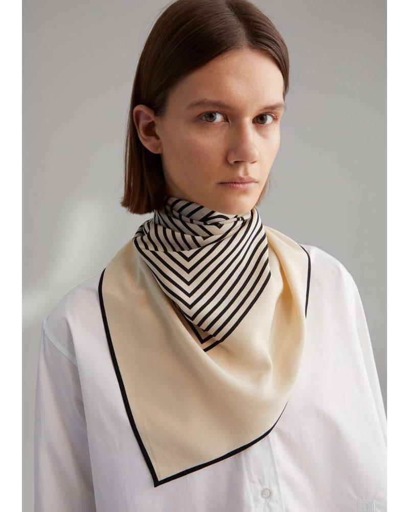 Totême Venezia scarf - Creme monogram