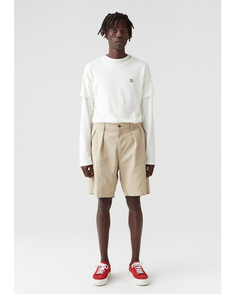 Hope Tuck Shorts - Oat Beige