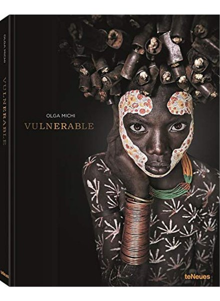 TeNeues Vulnerable, Michi Olga