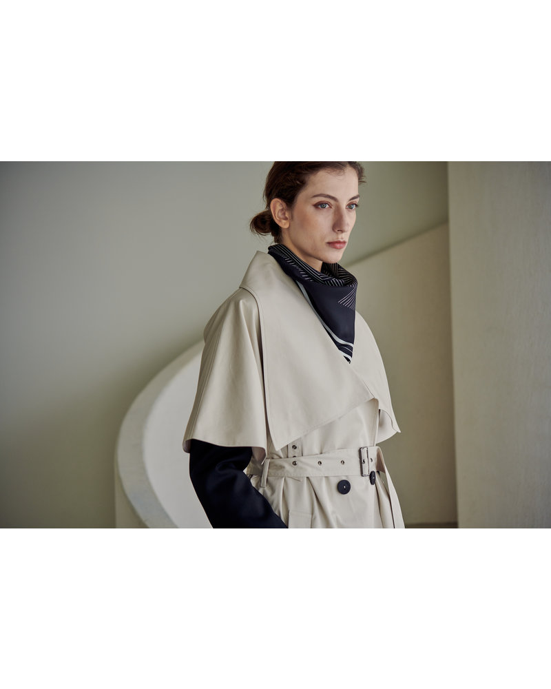 The Loom Lowneck Trench cape - Ivory
