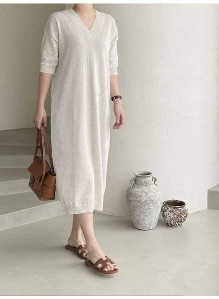 After Glow V-knit Onepiece - Oatmeal