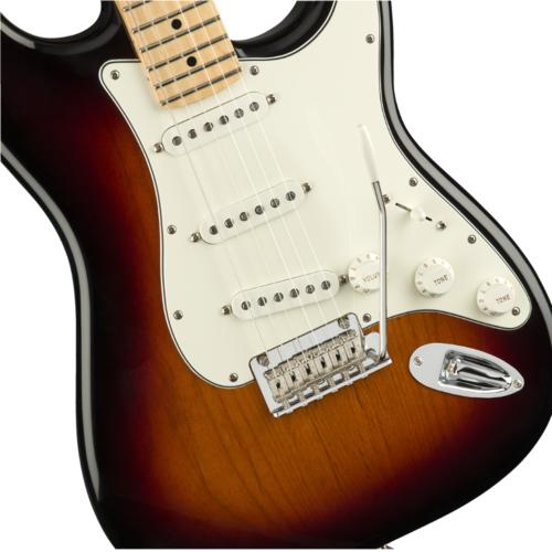 Fender Fender Player Stratocaster®, 3-Color Sunburst
