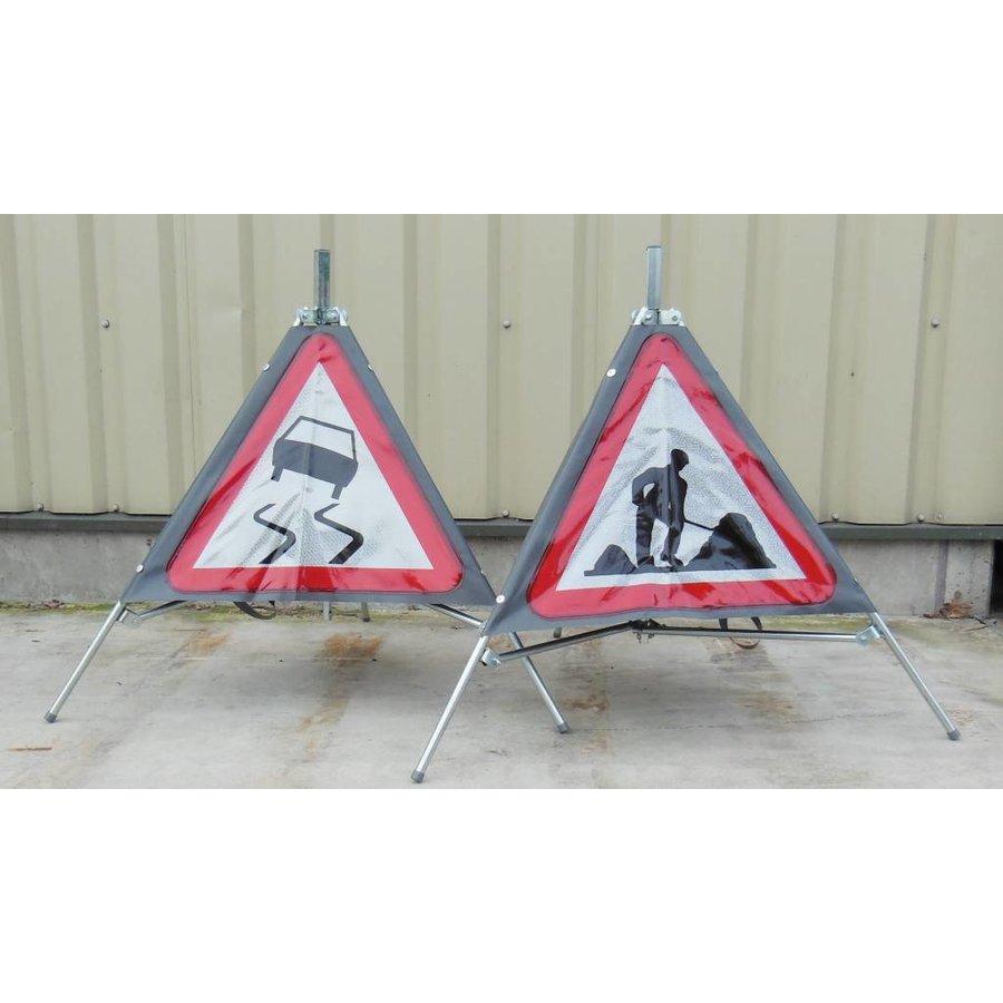 Signalisation 'TRIPAN' - panneau A15 - CHAUSSEE GLISSANTE - pliable-3