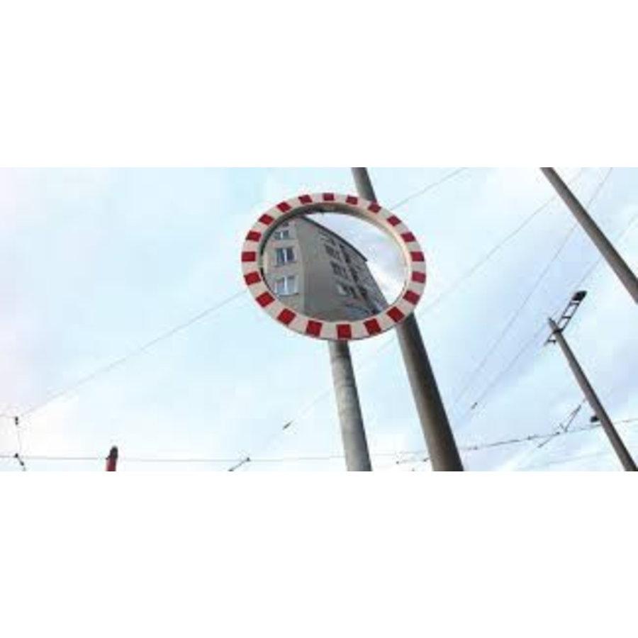 Pôle en acier galvanisé-1