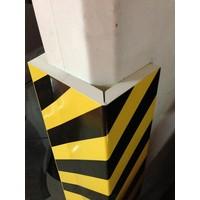 thumb-Rubberen stootrand voor hoekbescherming in garages. parkings ...-4