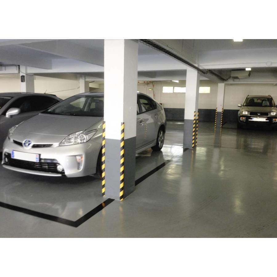 Rubberen stootrand voor hoekbescherming in garages. parkings ...-1