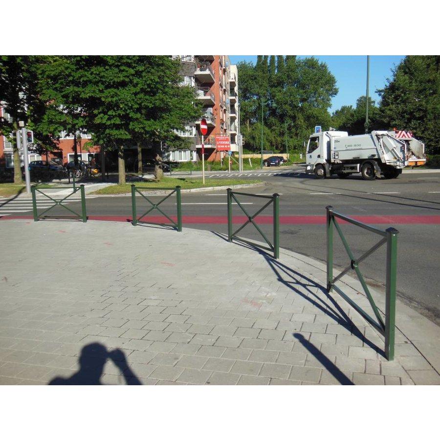 Barrière Pagode 158 x 80 cm hauteur - Vert Ral 6009-1
