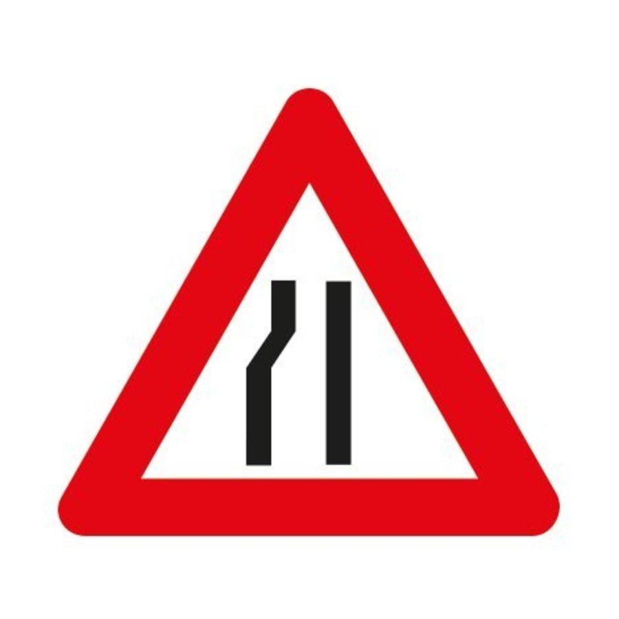 Panneau A7b: Chaussée rétrécie par la gauche-1