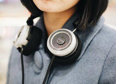 Koptelefoons & oordopjes