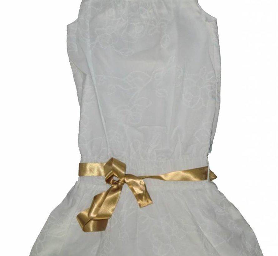 Wit feestjurkje met goud knoopband van Doerak