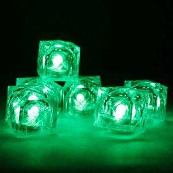 Leuchtende Eiswürfel grün