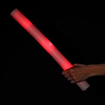 GlowFactory LED-Schaumstoffstäbe rot / Leuchtende Schaumstoffstäbe rot