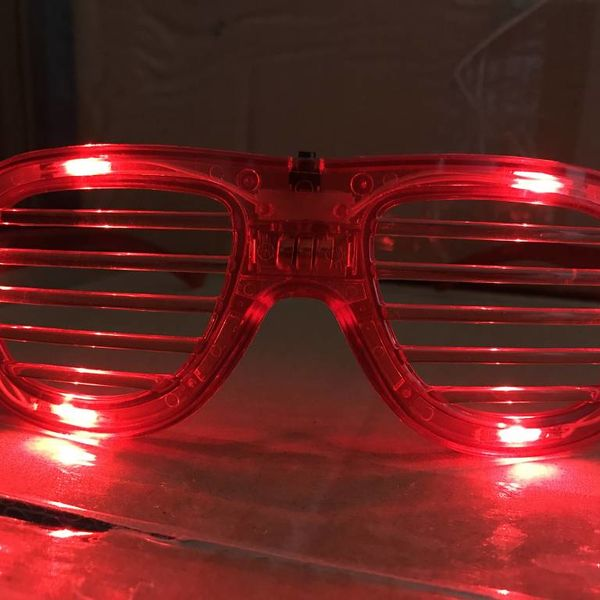 LED Shutter Glasses Red / Light Up Shutter Glasses Red (Bulk)