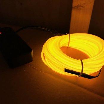 GlowFactory EL Wire 5 meter - Geel