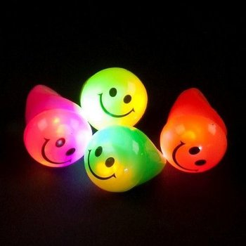 GlowFactory Light Up Ring Smile / Flashing Jelly Ring Smile