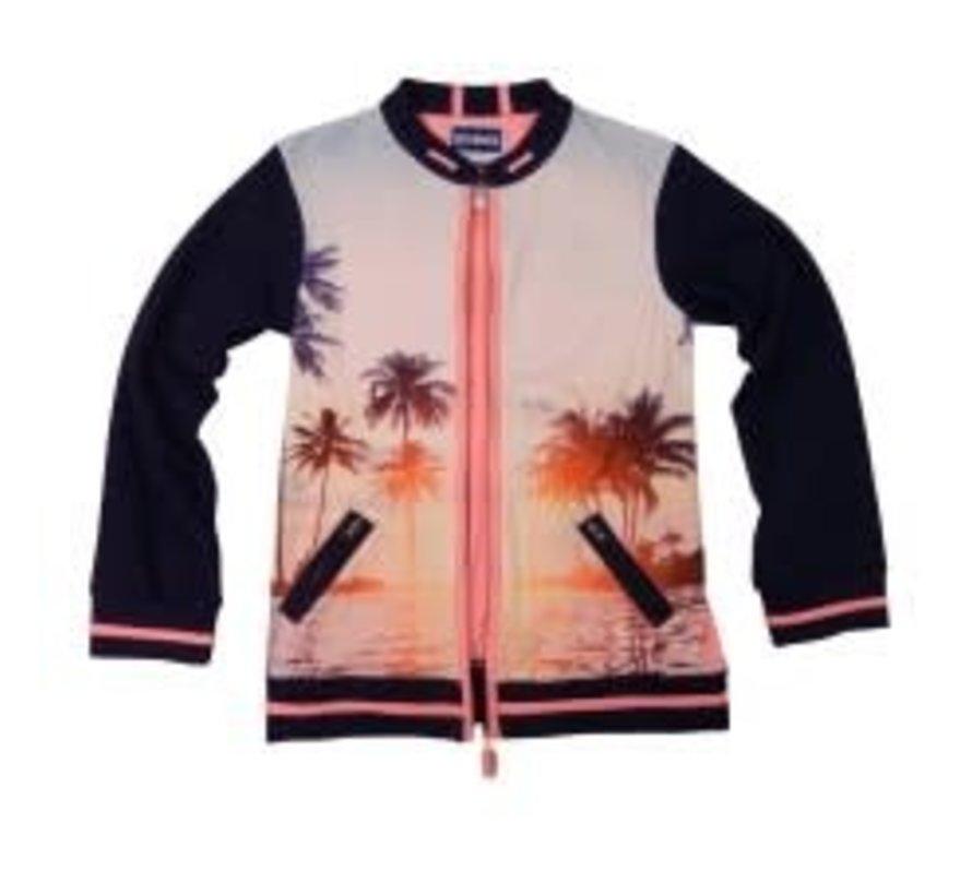 leggend 22 T shirt sunset vest