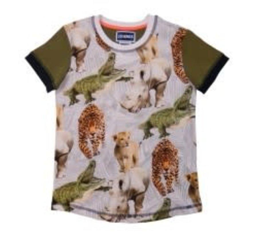 leggend 22 T shirt trouble