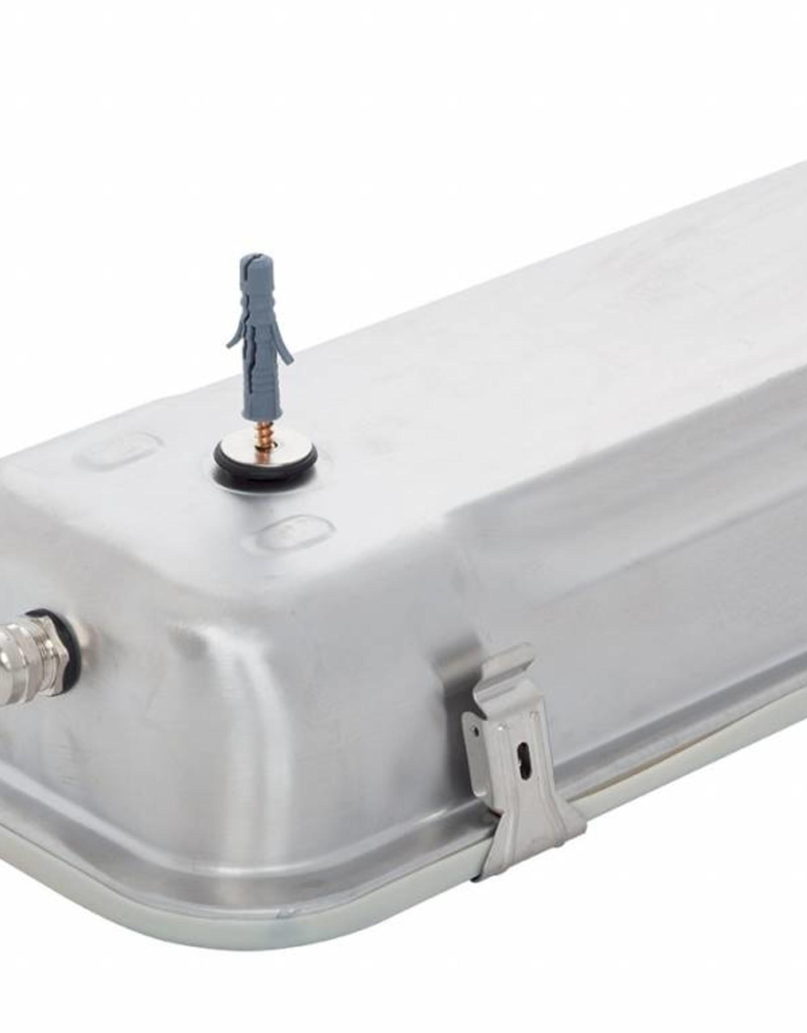 PERUN LED 2.4 Ft 8800/840