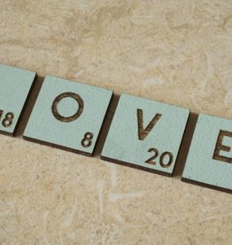 LOVE letters met datum