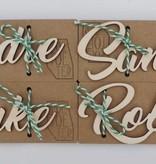 Houten naamkaartje kalligrafisch Femke