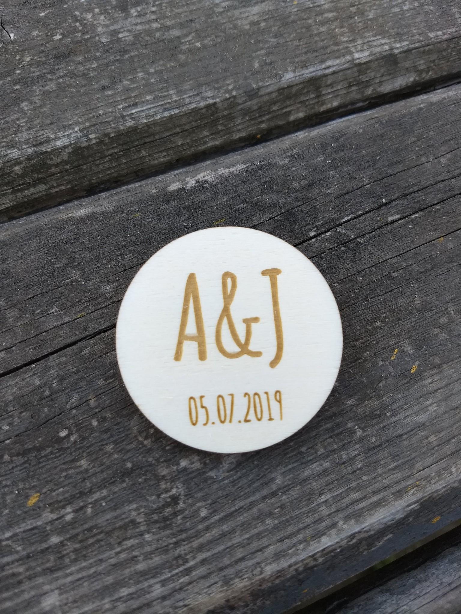 Houten corsage initialen 5cm