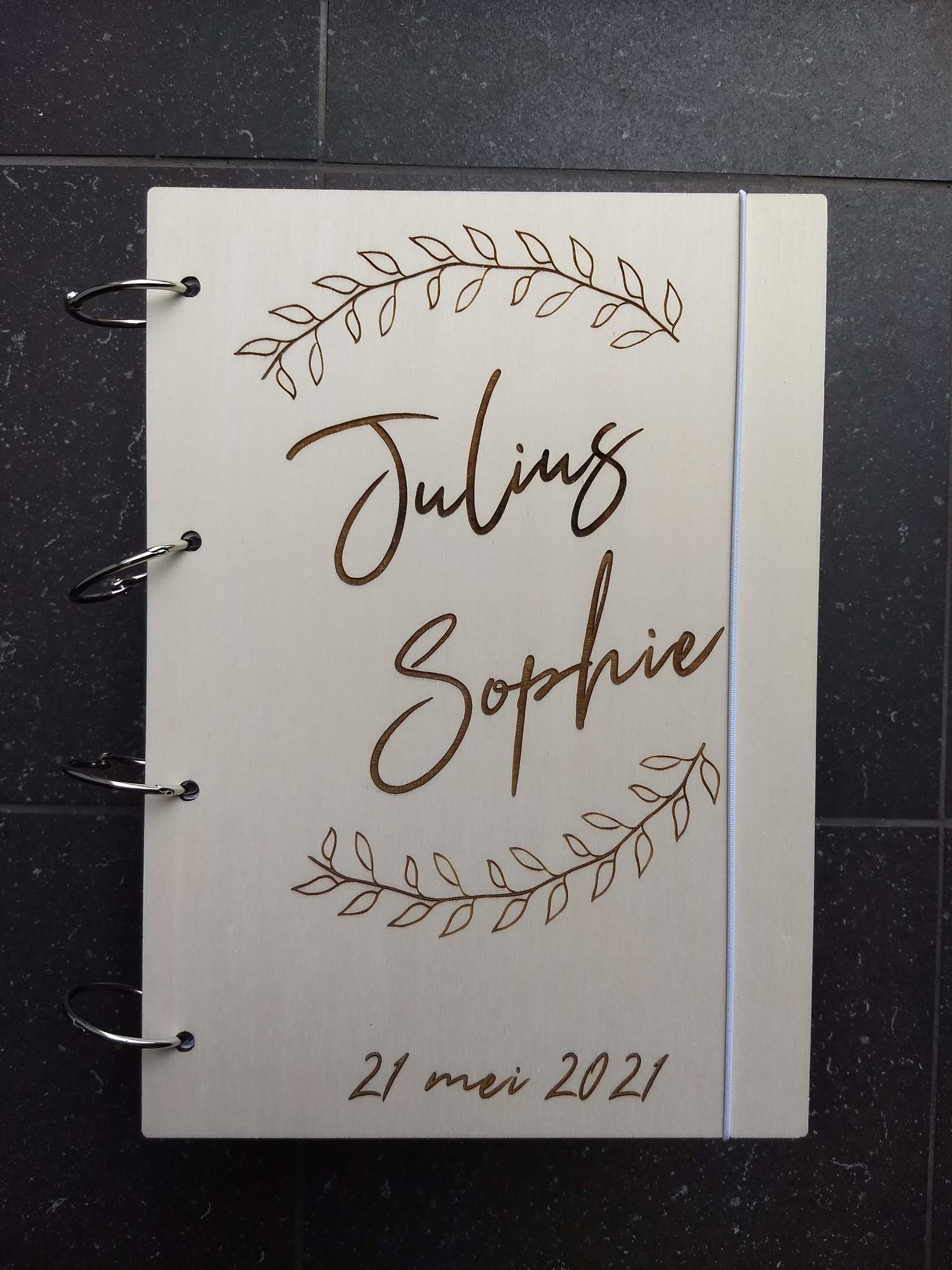 Houten Bruiloft Gastenboek Lauwerkrans A4