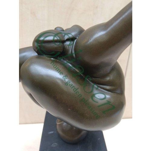 Eliassen Bronzen beeld Dikke vrouw gymnastiek 1