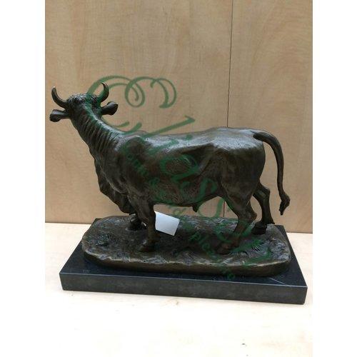 Bronzen beeld Stier groot
