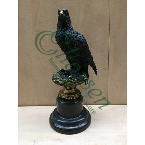 Beeld brons Roofvogel op voet