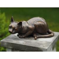 Bronzen beeld Liggend poesje