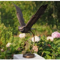 Bronzen vliegende uil