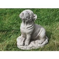 Tuinbeeld grote Bulldog