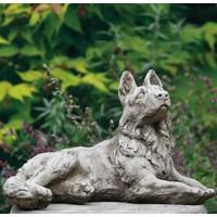 Tuinbeeld Alsation hond