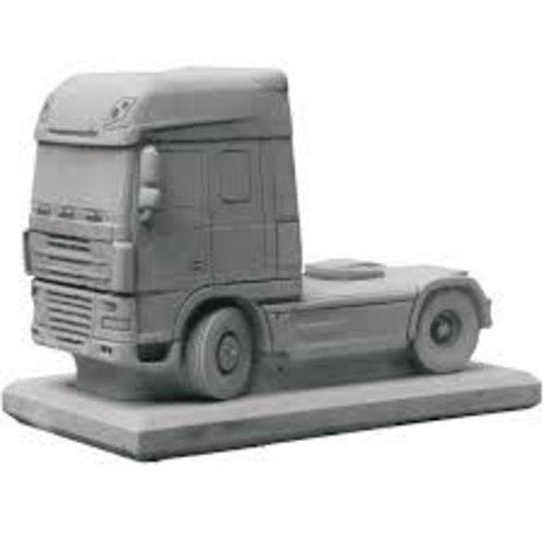 Eliassen Betonnen Scania met trailer als bloembak