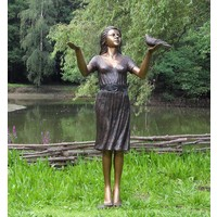 Beeld brons vrouw met duif groot