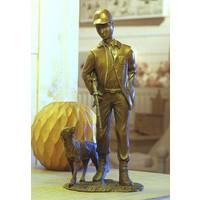 Beeld brons jager met hond