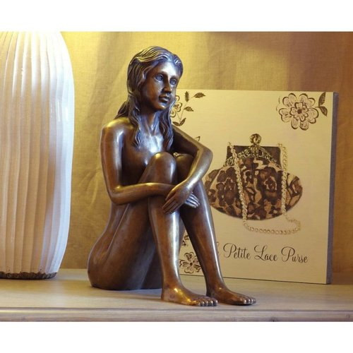 Eliassen Beeld brons zittende vrouw naakt