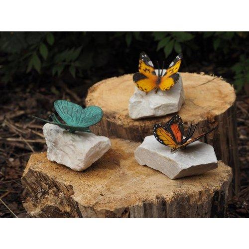 Eliassen Gekleurde vlinder op steen brons