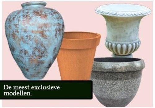 Pots de fleurs et jardinières
