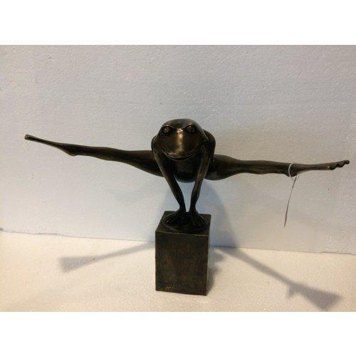 Bronzen jump kikker medium
