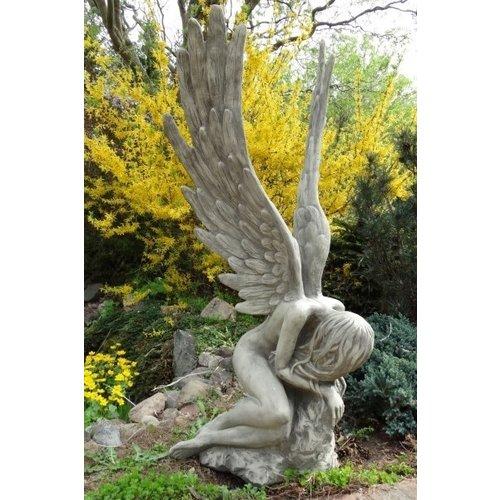 Beeld steen Engel Serafina groot