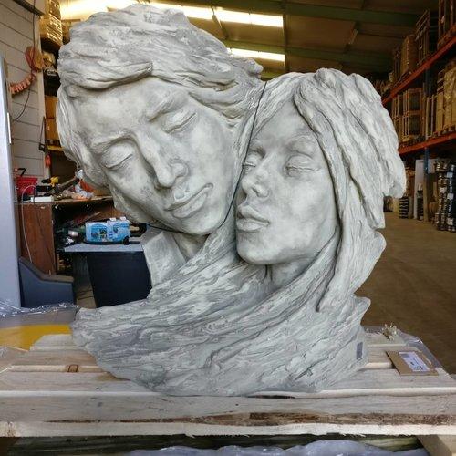 Eliassen Tuinbeeld  Gezichten paar