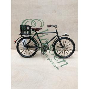 Miniatuur fiets met achtermand