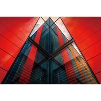 Glasschilderij 80 x120 cm Rood gebouw