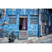 Glasschilderij 80 x 120  Blauw gebouw
