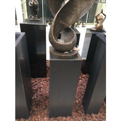 Eliassen Sokkel  zwart graniet mat 25x25x75cm