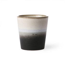 HK living 70s ceramics: coffee mug, rock